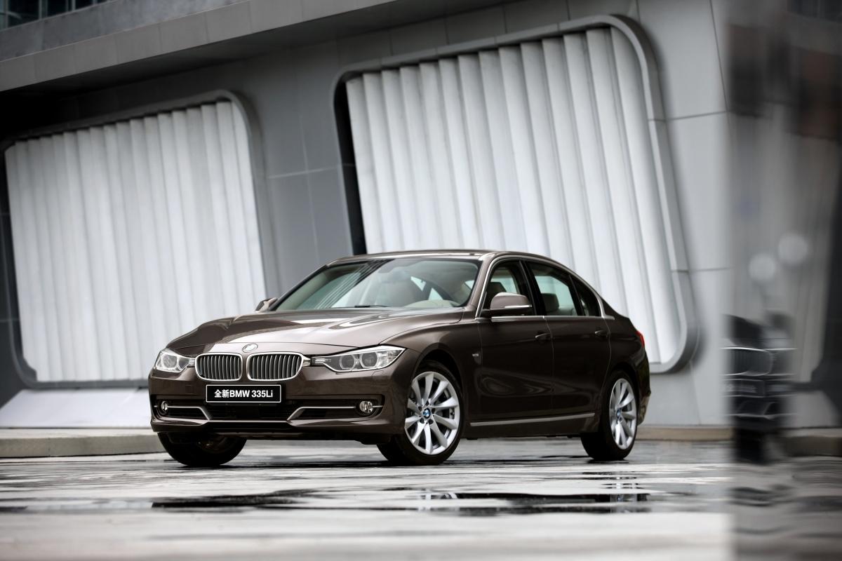 BMW 335Li 1