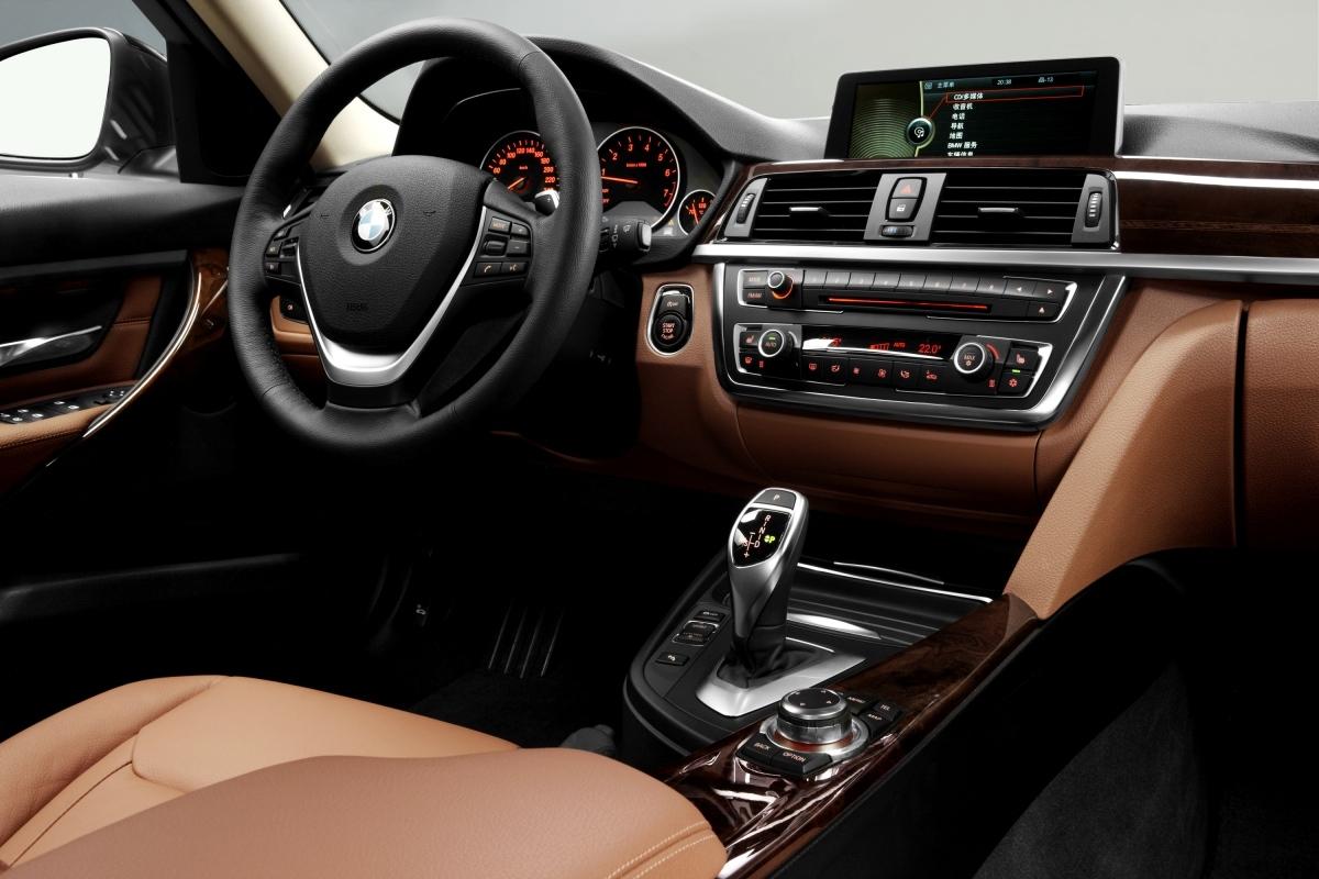 BMW 335Li 4