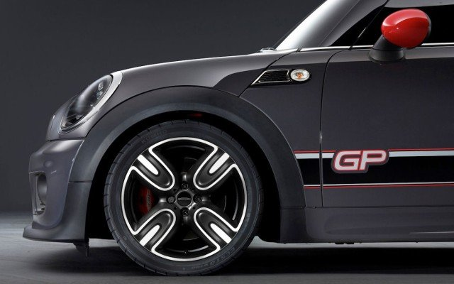 new-mini-john-cooper-works-gp7