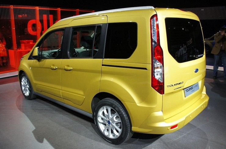 ford-tourneo5