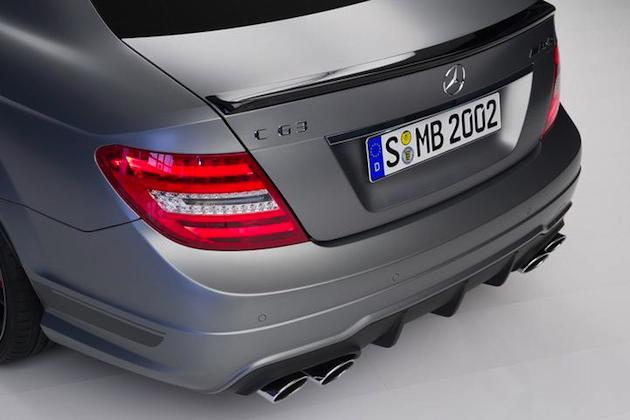 2014-Mercedes-C63-AMG-Edition-507-09