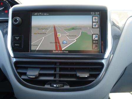 nawigacja Peugeot 208