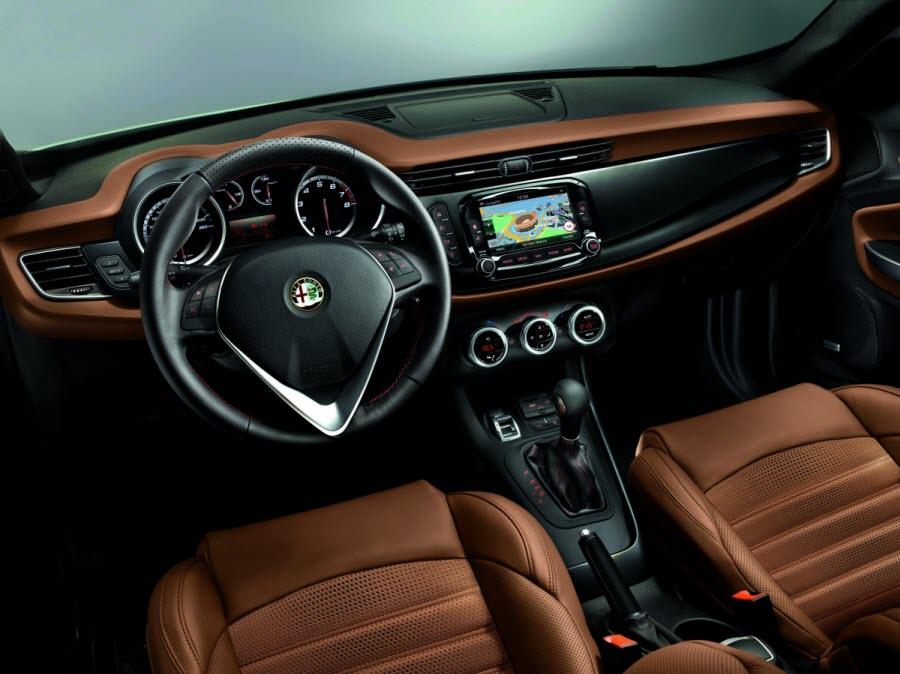 Alfa-Romeo-Giulietta-MY14-4