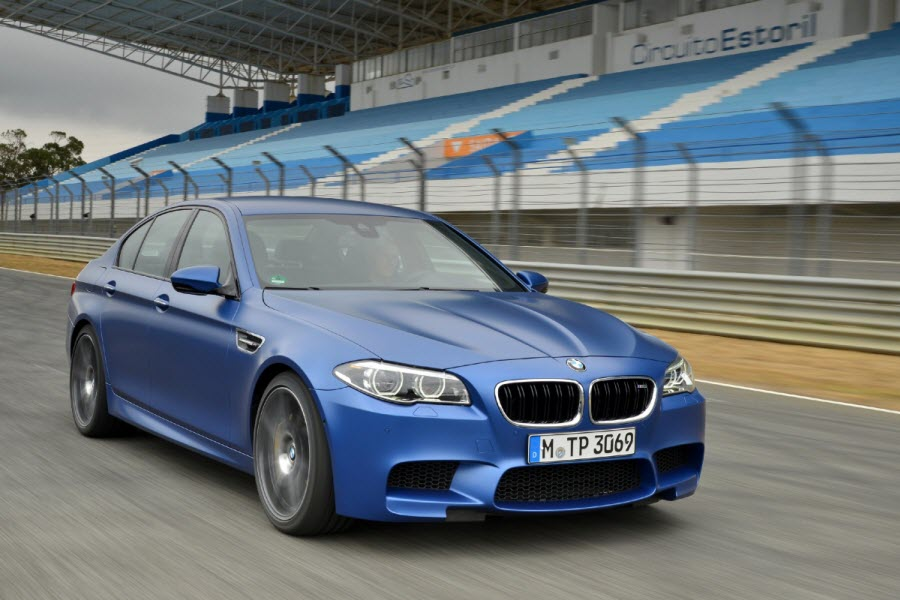 BMW-M5-Frozen-Blue