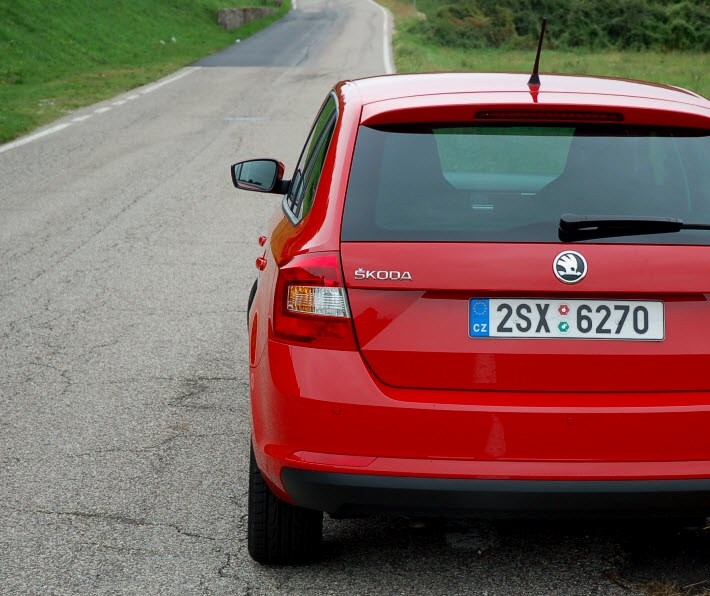 Skoda-Rapid-Spaceback-3
