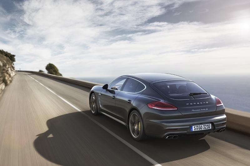 Porsche-panamera-2