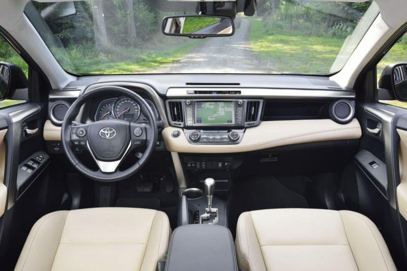 Toyota-RAV4-2014-7