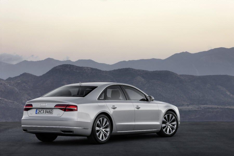 Audi-A8-2013-5