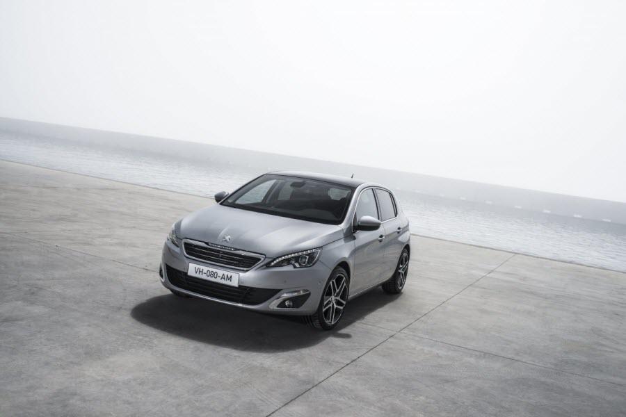 Peugeot-308-2013