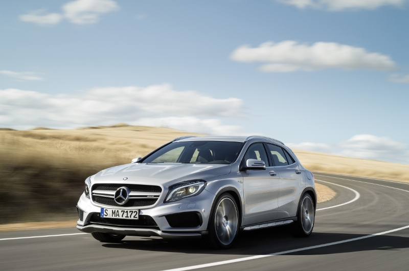 Mercedes-Benz-GLA-45-AMG-1