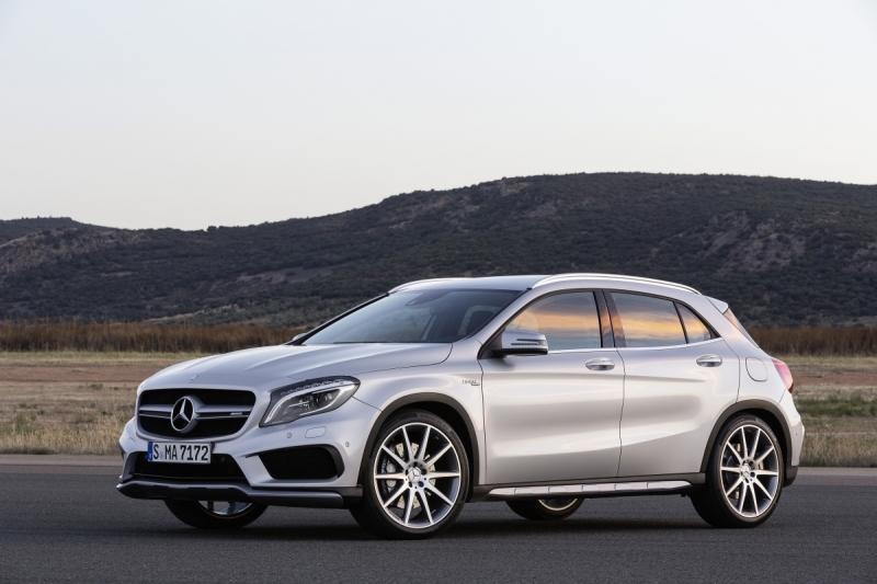 Mercedes-Benz-GLA-45-AMG-3