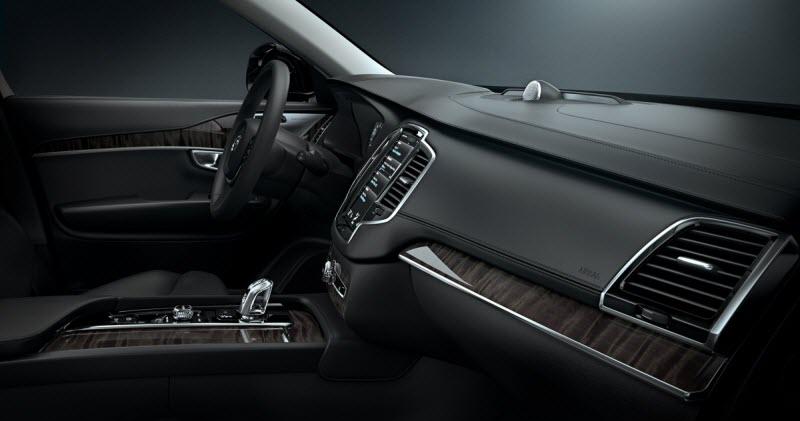Volvo-XC90-2014-4
