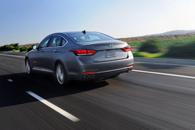 Hyundai-Genesis-2