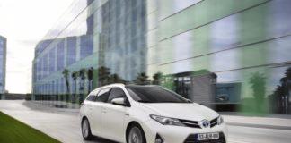 Auris Touring Sports - powru00f3t kompaktowego kombi Toyoty